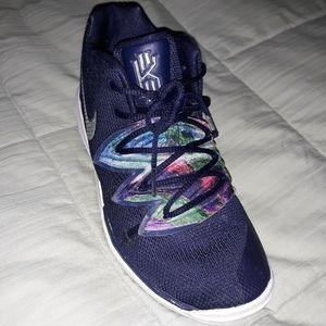Nike kyrie 5 galaxy